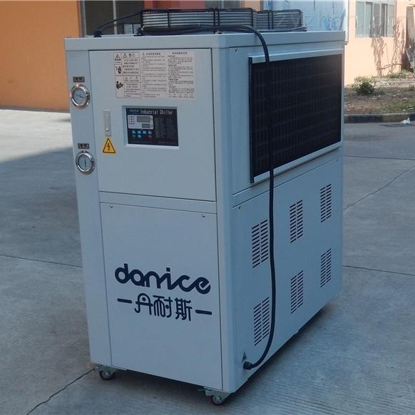 DNC-5A5HP冷水机组